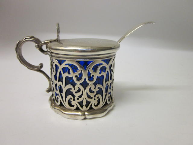 A Victorian drum shaped mustard pot By John Figg London 1840,