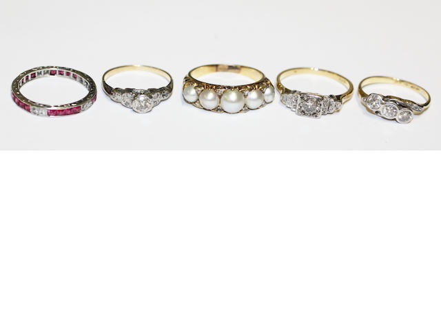 A collection of five vari gem-set rings, (5)