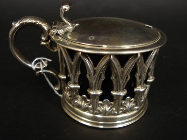 A Victorian Provincial silver mustard pot by Henry Wilkinson & Co., Sheffield 1837