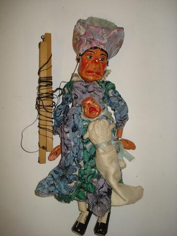Pelham Puppet Alice in Wonderland Duchess and Baby