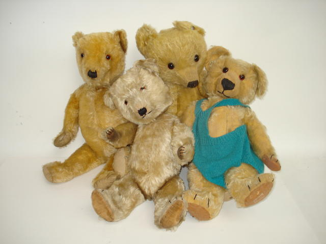 Four English Teddy Bears, 1930s 4