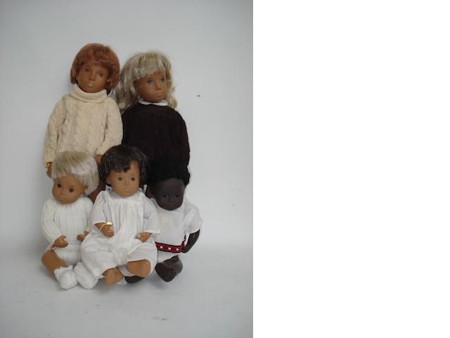 Five Sasha dolls, 1960's-70's 5