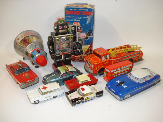 Collection of various tinplate toys lot