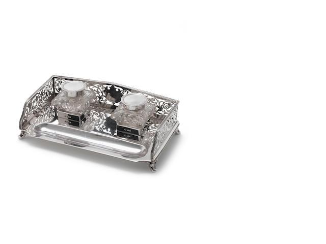 Silver standish