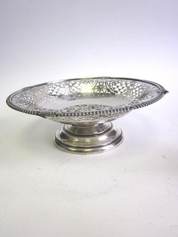 A silver pierced dish by Mappin & Webb, Sheffield 1928