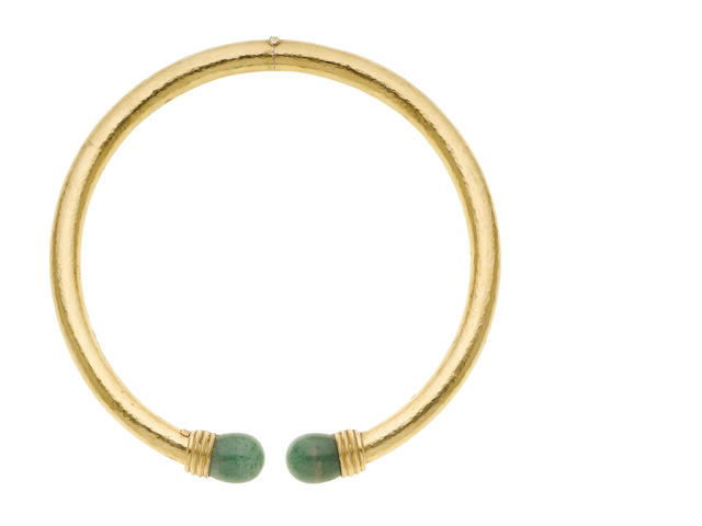 An aventurine quartz hinged choker, by Lalaounis (illustrated above)