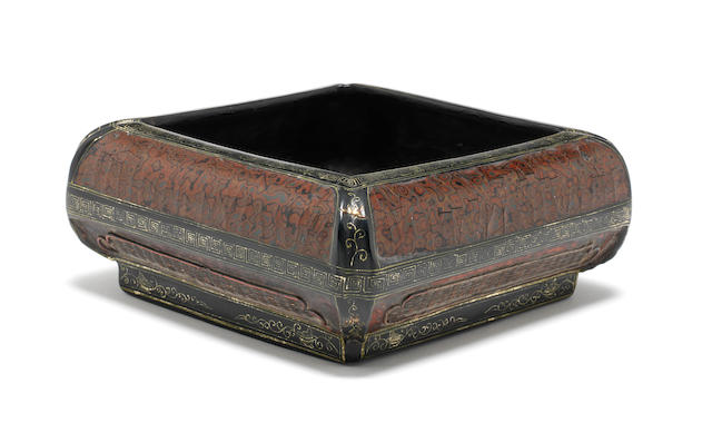 A square lacquer bowl Probably early Qing Dynasty