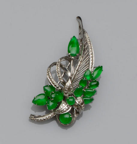 A jade spray brooch