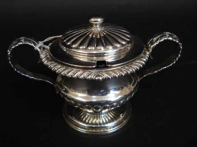 A William IV silver mustard pot by the Barnards, London 1833