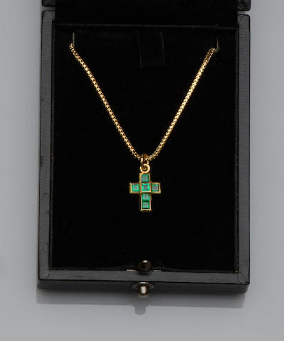 Theo Fennell: An emerald cross pendant