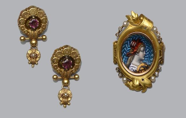 A Continental enamel, diamond and seed pearl brooch, and a pair of gem set earpendants  (2)