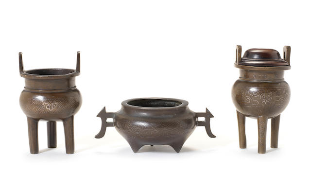 Three silver inlaid incense burners Qing Dynasty, shisou two-character marks