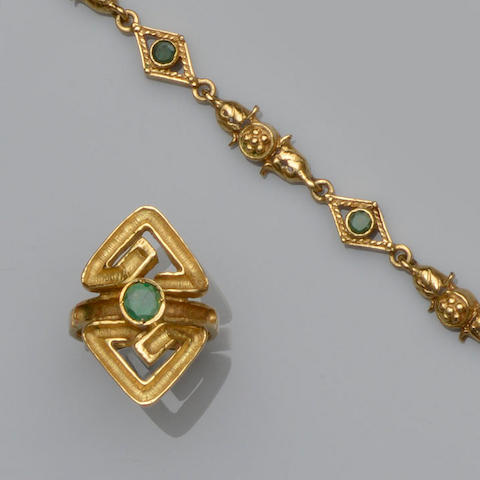Lalaounis: An emerald ring and bracelet suite (2)