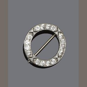 An early 20th century diamond circlet brooch