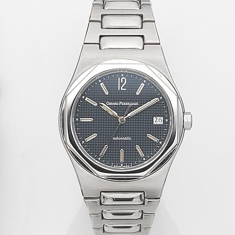 Girard-Perregaux. A stainless steel automatic calendar bracelet watch Laureato, Ref:8010, Case No.367, Movement No.3100-528, Circa 1995