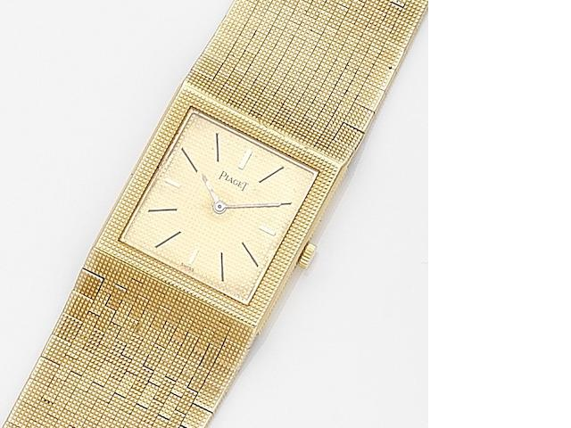 Piaget. An 18ct gold manual wind bracelet watch Ref:9131 C4, Case No.342383, Movement No.7902515, Circa 1965