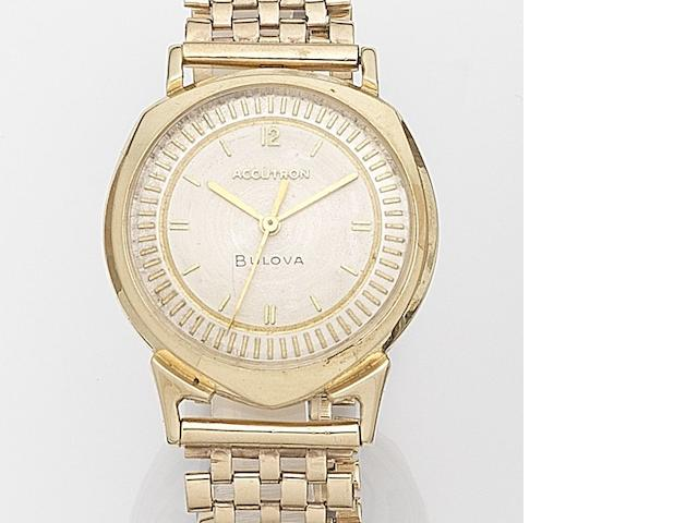 Bulova. A 14ct gold electronic centre seconds wristwatch Accutron, Ref:214, Case No.C63449, Circa 1960