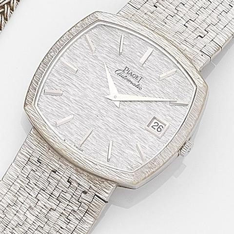Piaget. An 18ct white gold calendar automatic bracelet watchRef:13401A6, Case No.201064, Circa 1975
