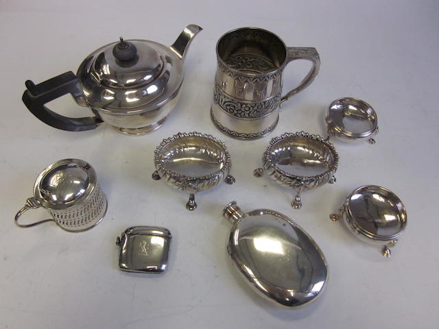 A pair of George III silver salts by David & Robert Hennell London 1811 and other items (Qty)