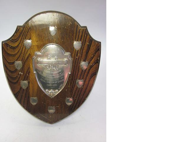 A silver presentation trophy by Walker & Hall, Sheffield 1920 (4)