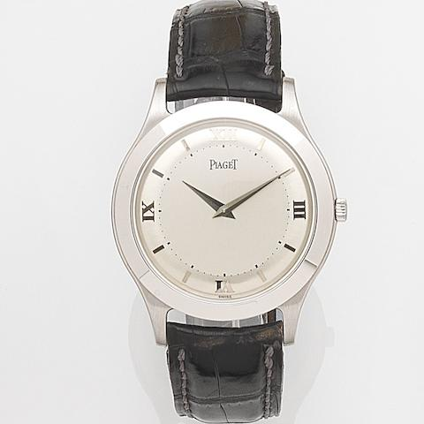 Piaget. An 18ct white gold manual wind wristwatchRef:91000, Case No.579297, Circa 1995