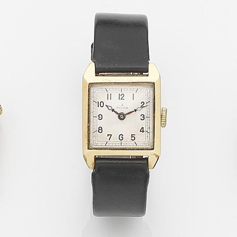Rolex. An 18ct gold manual wind wristwatch Case No.11645, Glasgow Hallmark for 1924
