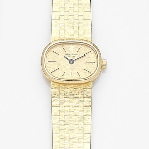 Patek Philippe. A lady's 18ct gold manual wind bracelet watchRef:3373/1, Case No.2692009, Movement No.1241523, Circa 1968