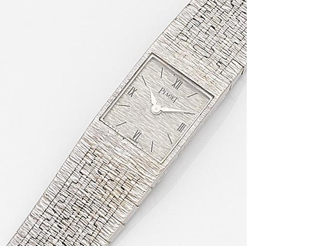 Piaget. A lady's 18ct white gold manual wind bracelet watch Ref:3882A6, Case No.193348, Movement No.719604, Circa 1970