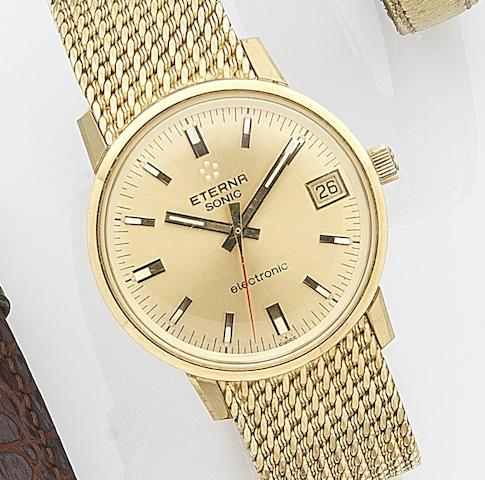 Eterna. An 18ct gold electronic calendar bracelet watchSonic Electronic, Ref:733T, Case No.6139304, Sold 31st October 1974