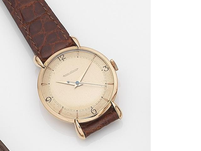 Jaeger LeCoultre. An 18ct rose gold manual wind centre seconds wristwatch Case No.385467, Movement No.442789, Circa 1946