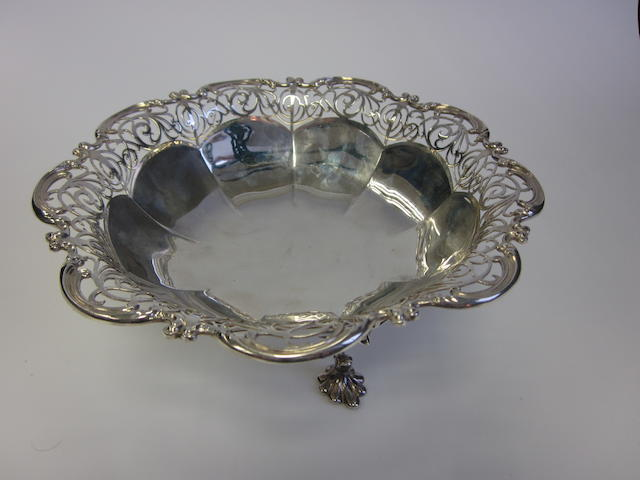 A silver basket by James Dixon & Son, Sheffield 1923