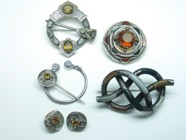 A small collection of Scottish jewellery