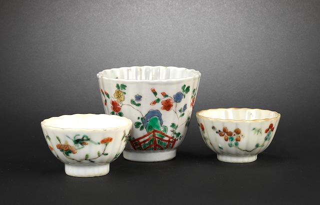 A famille verte beaker cup Kangxi