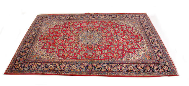 A modern hand-knotted Persian carpet 430cm x 306cm