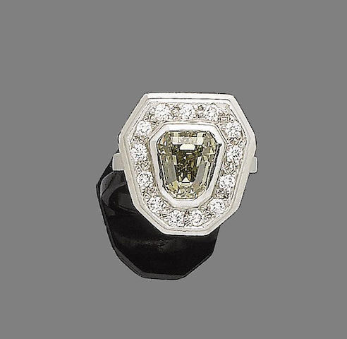 A fancy coloured diamond dress ring