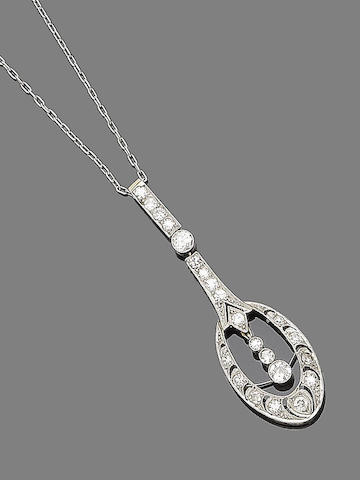A belle époque diamond pendant necklace,