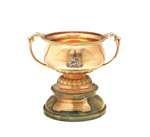 A 9 carat gold  two-handled trophy cup by Deakin & Francis,  Birmingham 1930