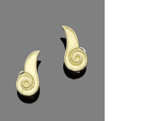A pair of earrings, by Lalaounis