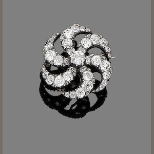 A diamond spiral pendant/brooch,