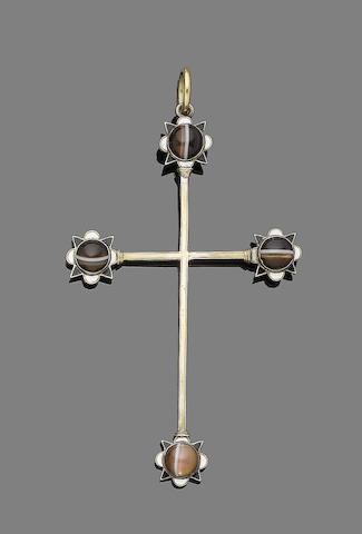 An agate and enamel cross pendant,