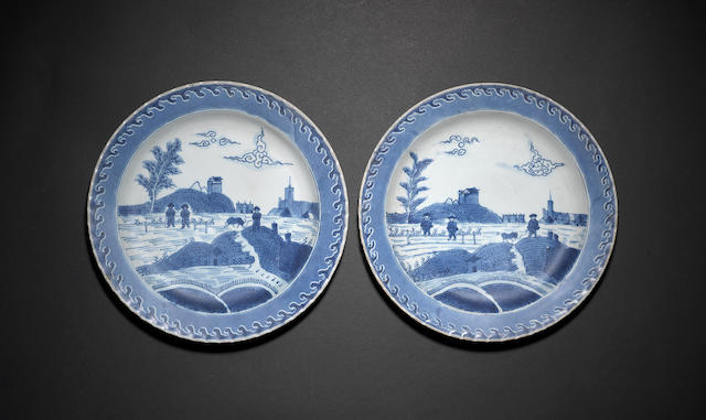 A pair of large 'Scheveningen' dishes Kangxi