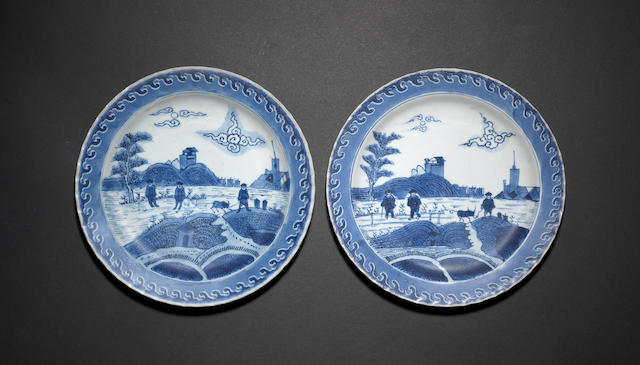 A pair of 'Scheveningen' dishes Kangxi