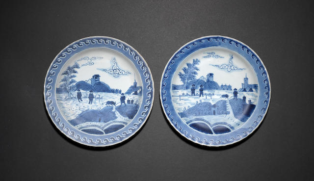 A pair of small, blue and white 'Scheveningen' dishes Kangxi