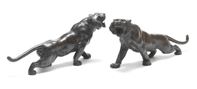 Two bronze tigers By Genryusai Seiya, Meiji Period