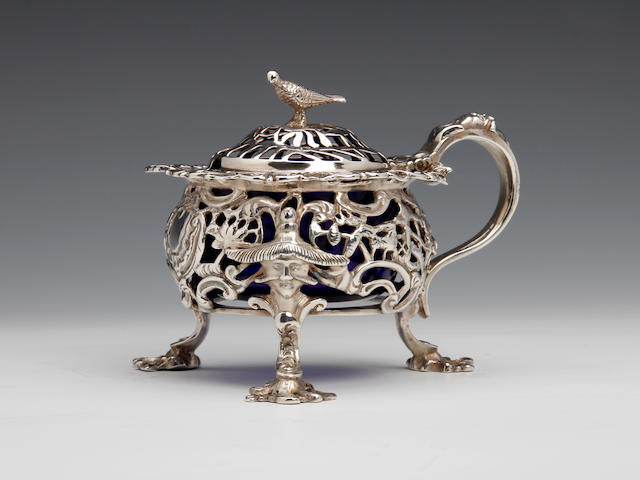 A Victorian silver chinoiserie cast mustard pot by John Figg, London 1842