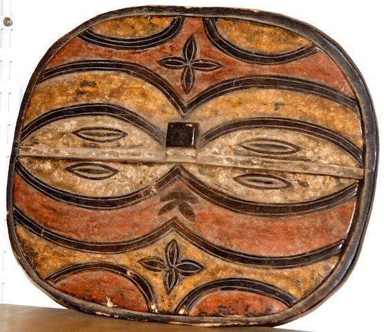 Teke Tsaye style mask,  30 x 38cm.