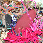 A mixed lot of costume jewellery (a lot)