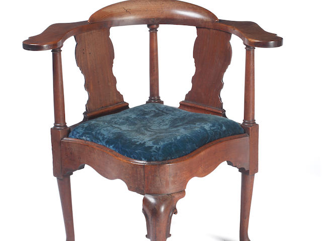 A George III mahogany corner chair