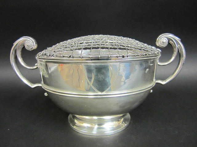 A Victorian silver rose bowl by Brook and Son, Edinburgh 1896
