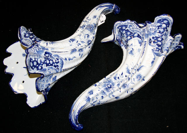 A pair of Delft style cornucopia wall pockets